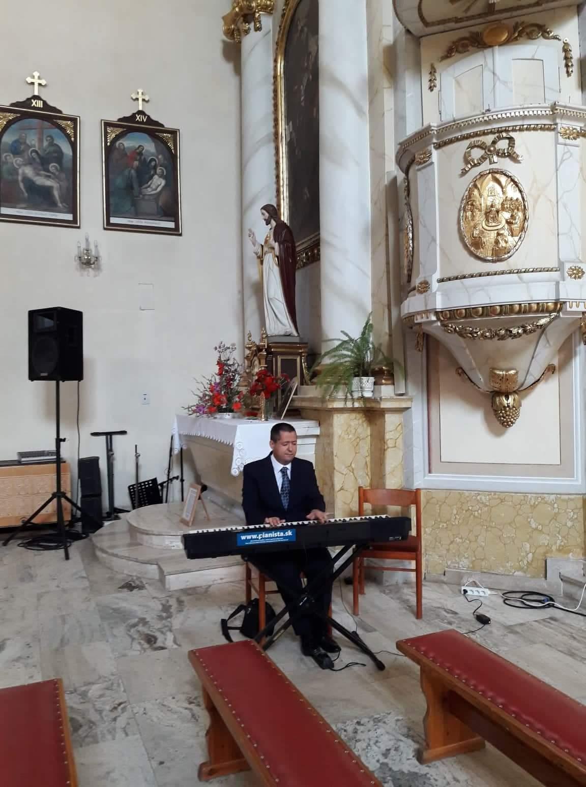 Kostol Sv. Františka z Assissi, Detva