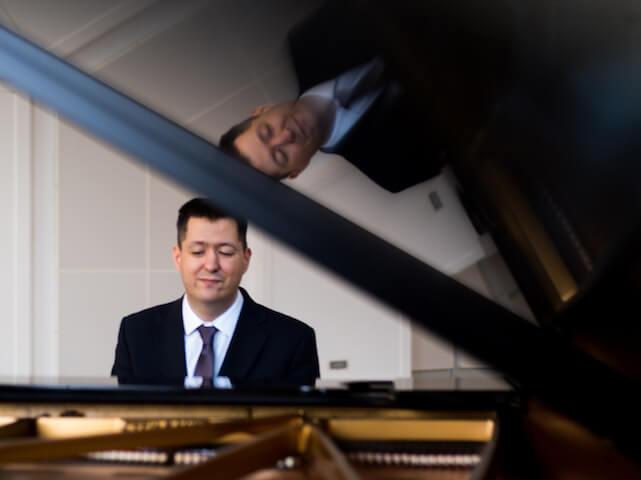 Pianista na 50-tku